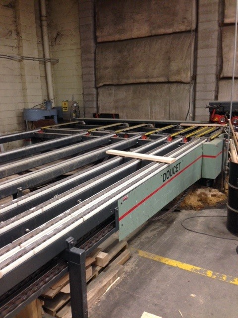 Doucet conveyor chain transfer , transfer infeeder, 2006