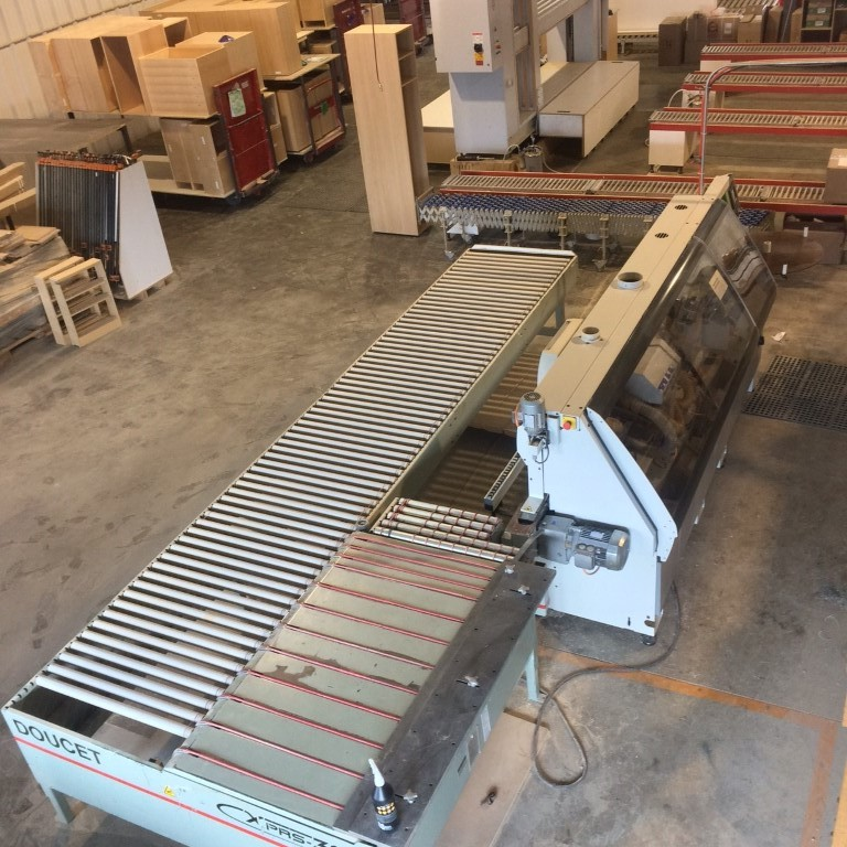 Biesse Akron 430 edge bander with corner rounding., 2008