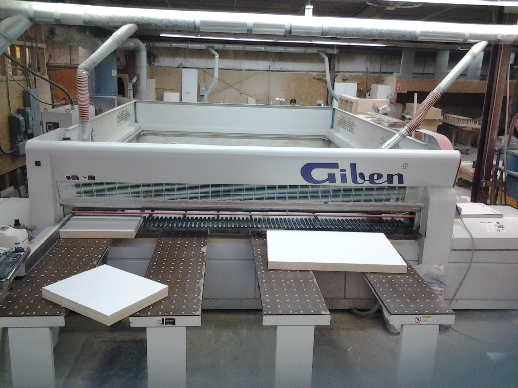 Giben X3000 h115 SP Front  Load Programable Gripper Saw, 2004