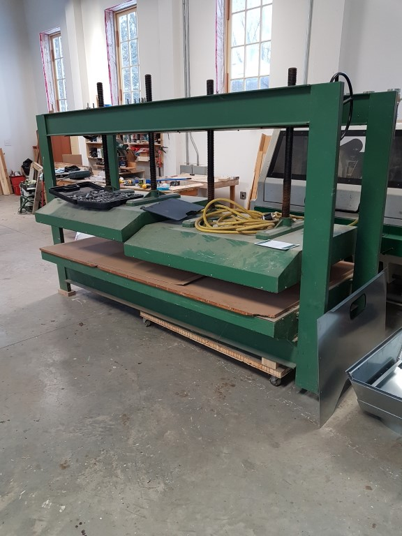 Used Ital V 4 cold press | Presses - Hot/Cold