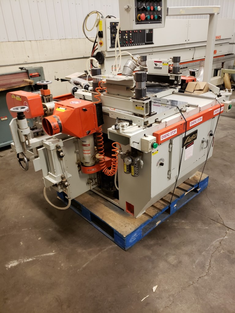 Lobo CS-4045 miter door machine,