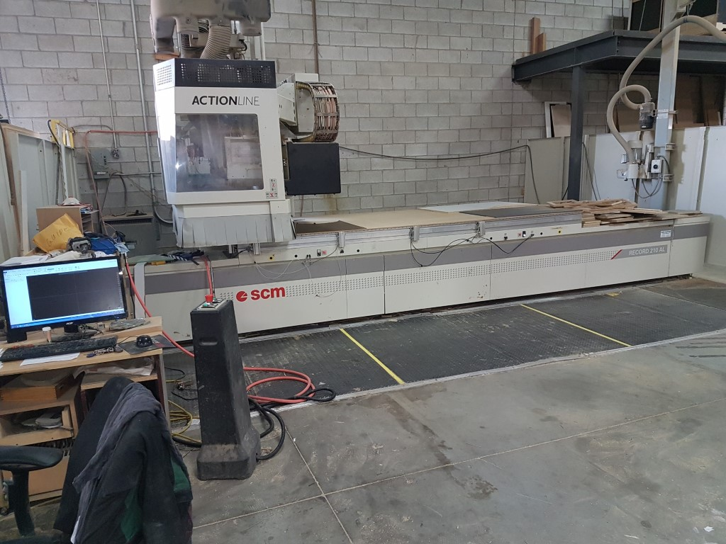SCM Routech Record 210 ALwith C axis, 2007