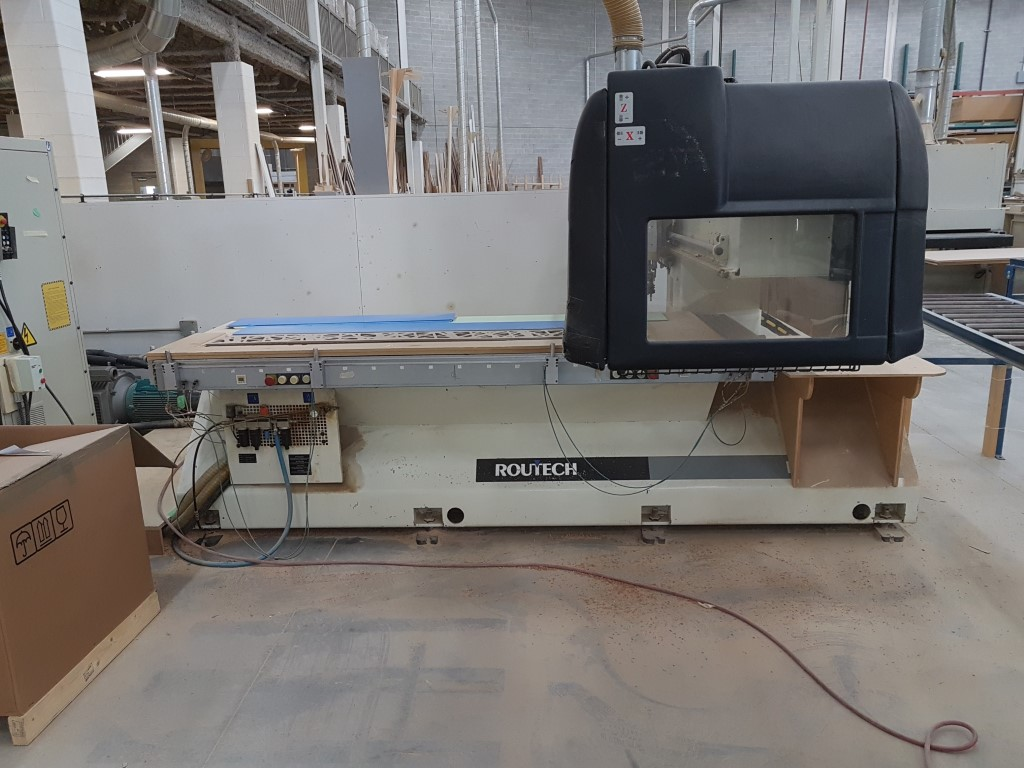 Used SCM Routech Record 120/S | CNC Routers - Flat Table, Nesting