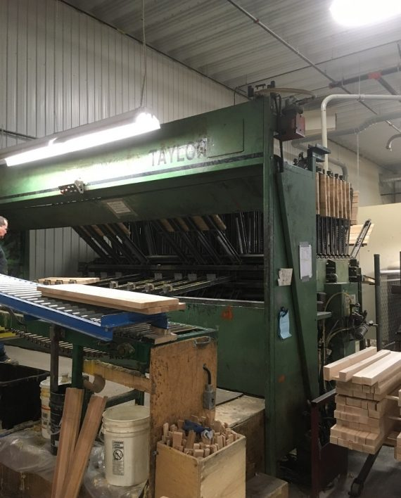 Taylor 40 section automatic clamp carrier,