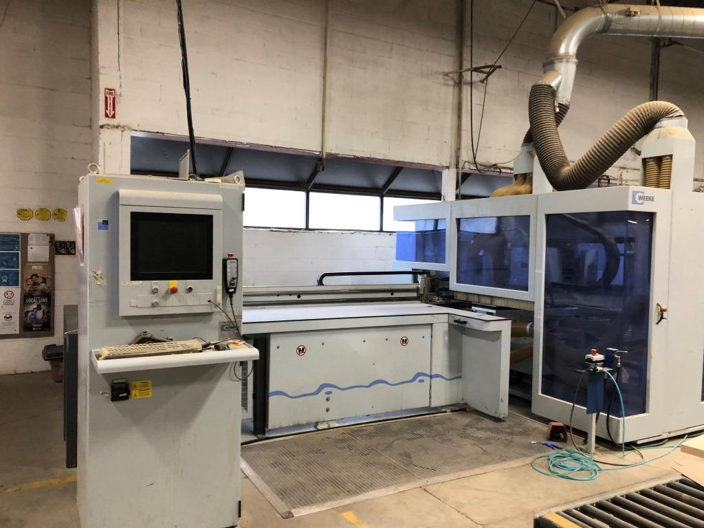 Used Weeke BHX 500 | CNC Machining Centers - Pod and Rail
